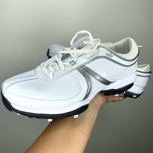 Nike Women's Air Brassie II Golf Shoe 6.5 NWOT